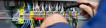 IMPIANTI ELETTRICI INDUSTRIALI E CIVILI installazione e manutenzione